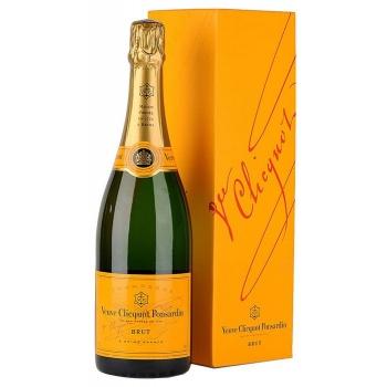 veuve-clicquot-brut-yellow-label-champagne.jpg