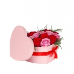 Hat box heart carton 15x19xh10cm m pink + red bow