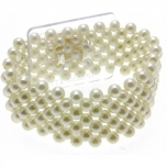 SMALL PEARL BRACELET IVORY 1TK Size: 2.5cm width, elasticated to fit all